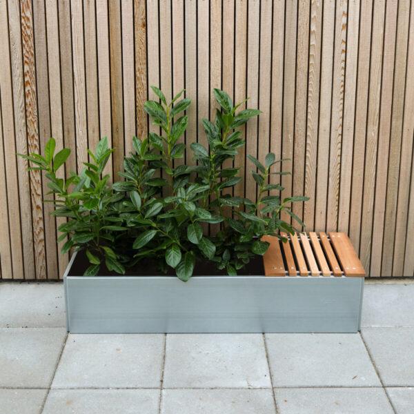 Land Classic sete i mahogni i størrelse 40x40 cm fra LandHage.no